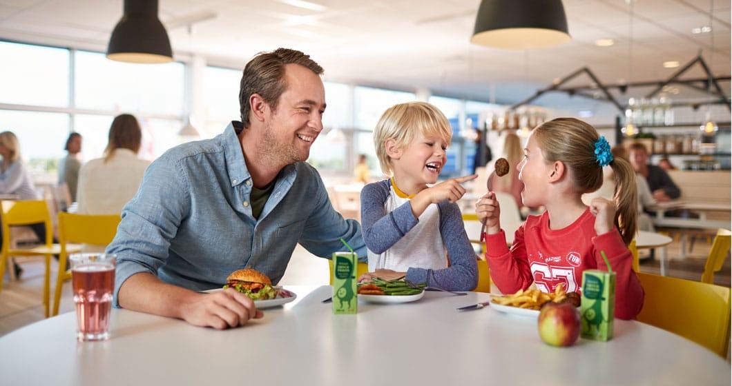 Kom in deze vakantie naar de IKEA en ga lekker samen eten! Alle kinderen tot en met 13 jaar krijgen een gratis kindermenu.